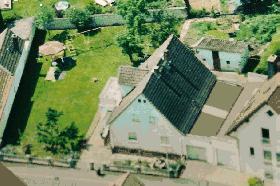 Einfamilienhaus,  Zweifamilienhaus , Bad Nauheim,  OT Wisselsheim Luftbild aus dem Jahre 2004